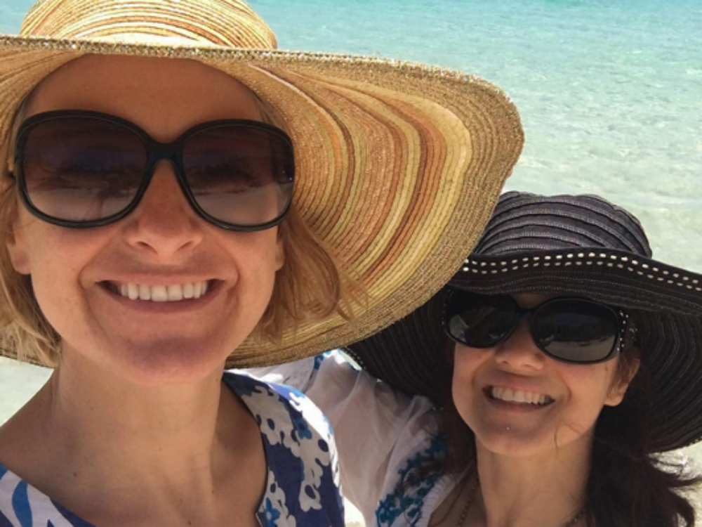 gilbert divorced singles personals Just over two months after announcing her separation from husband josé nunes, author elizabeth gilbert has found love again – with her best friend of 15 years in a revealing and emotional facebook post, wednesday, gilbert, 47, revealed that she is dating fellow author rayya elias she also.