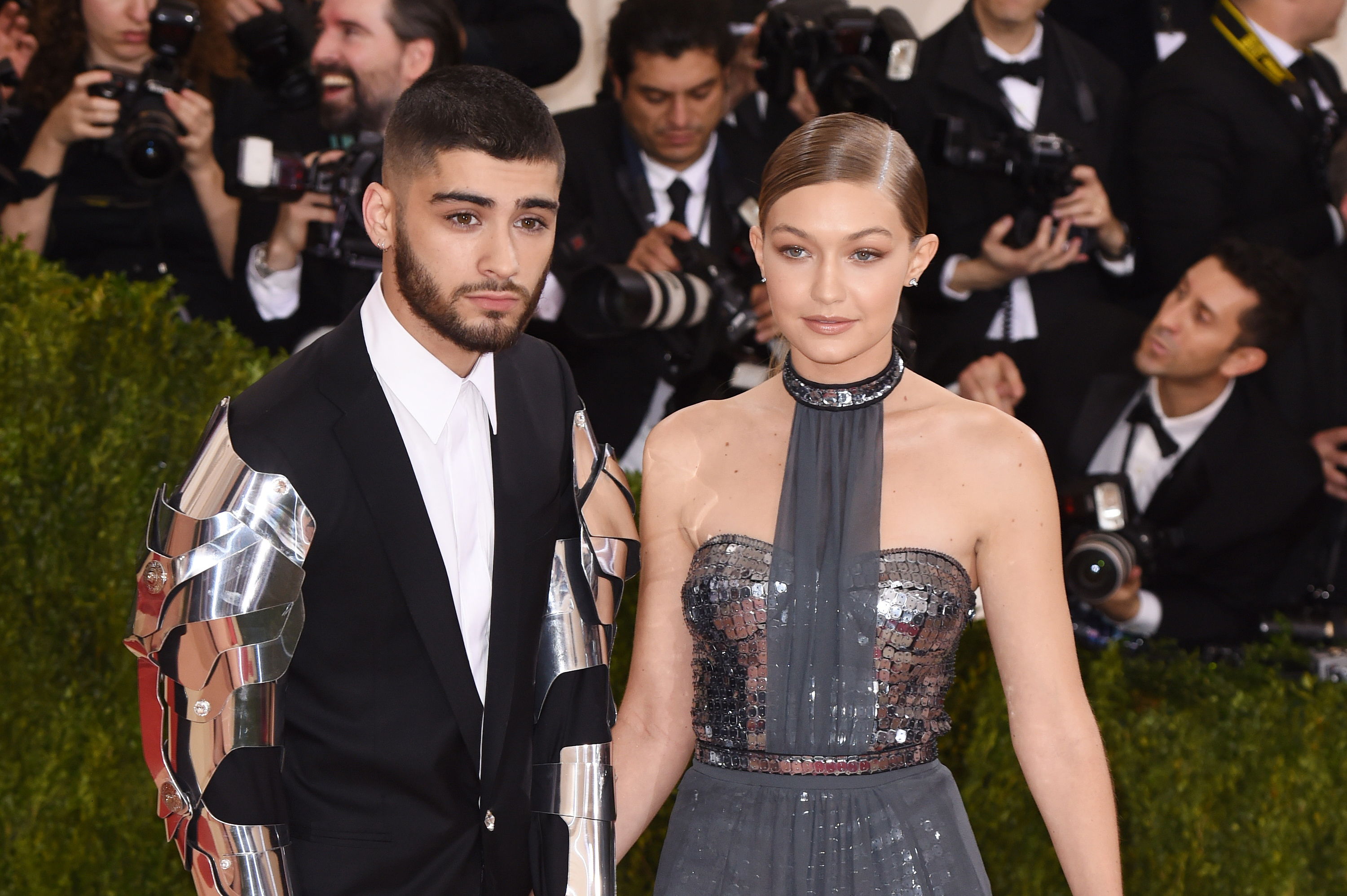 2770f090ec Gigi Hadid And Zayn Malik Are Back Together And It's Instagram Official