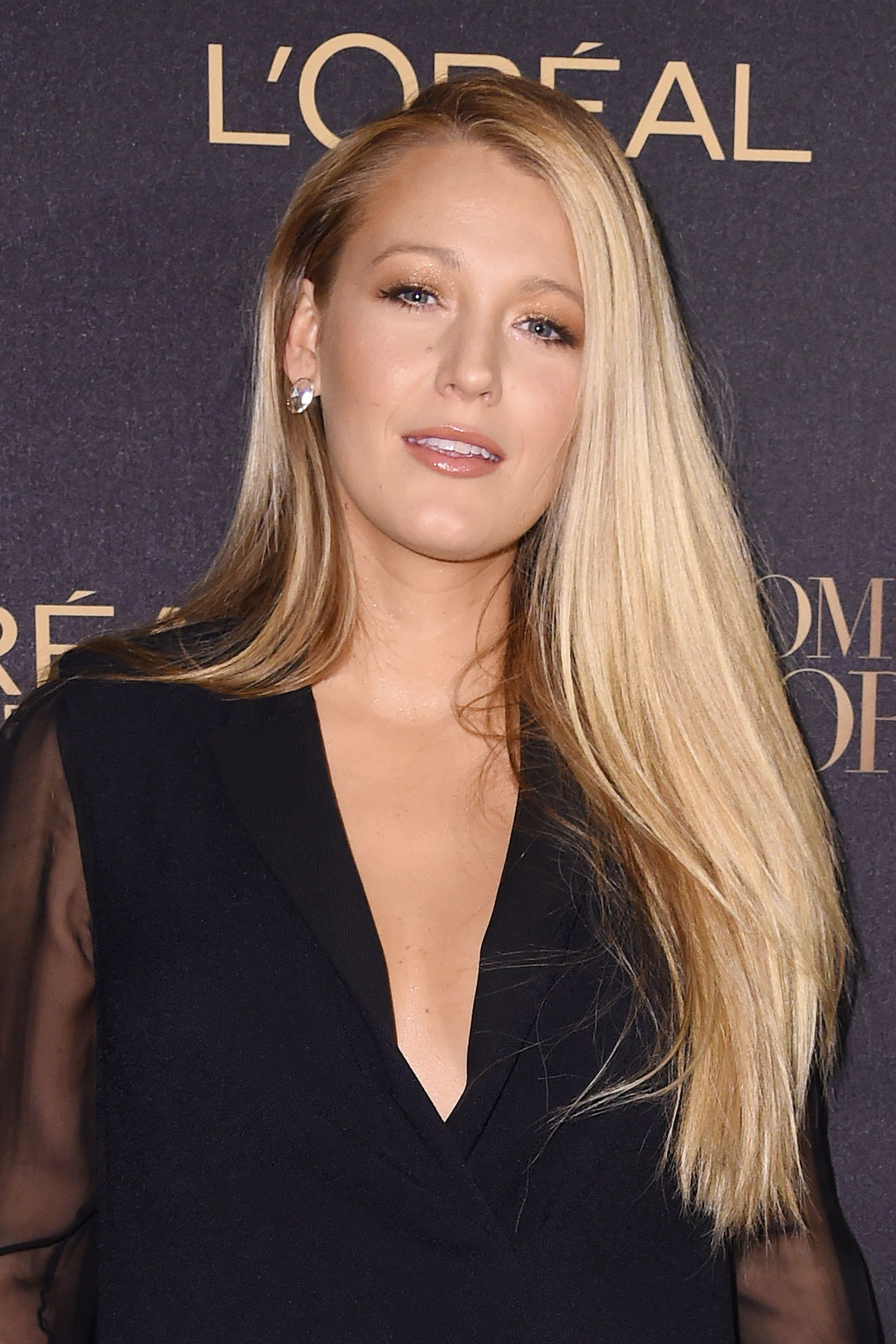 Blake Lively Haircut S...