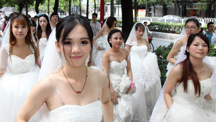 Chinese Brides and Chinese Bridesmaids