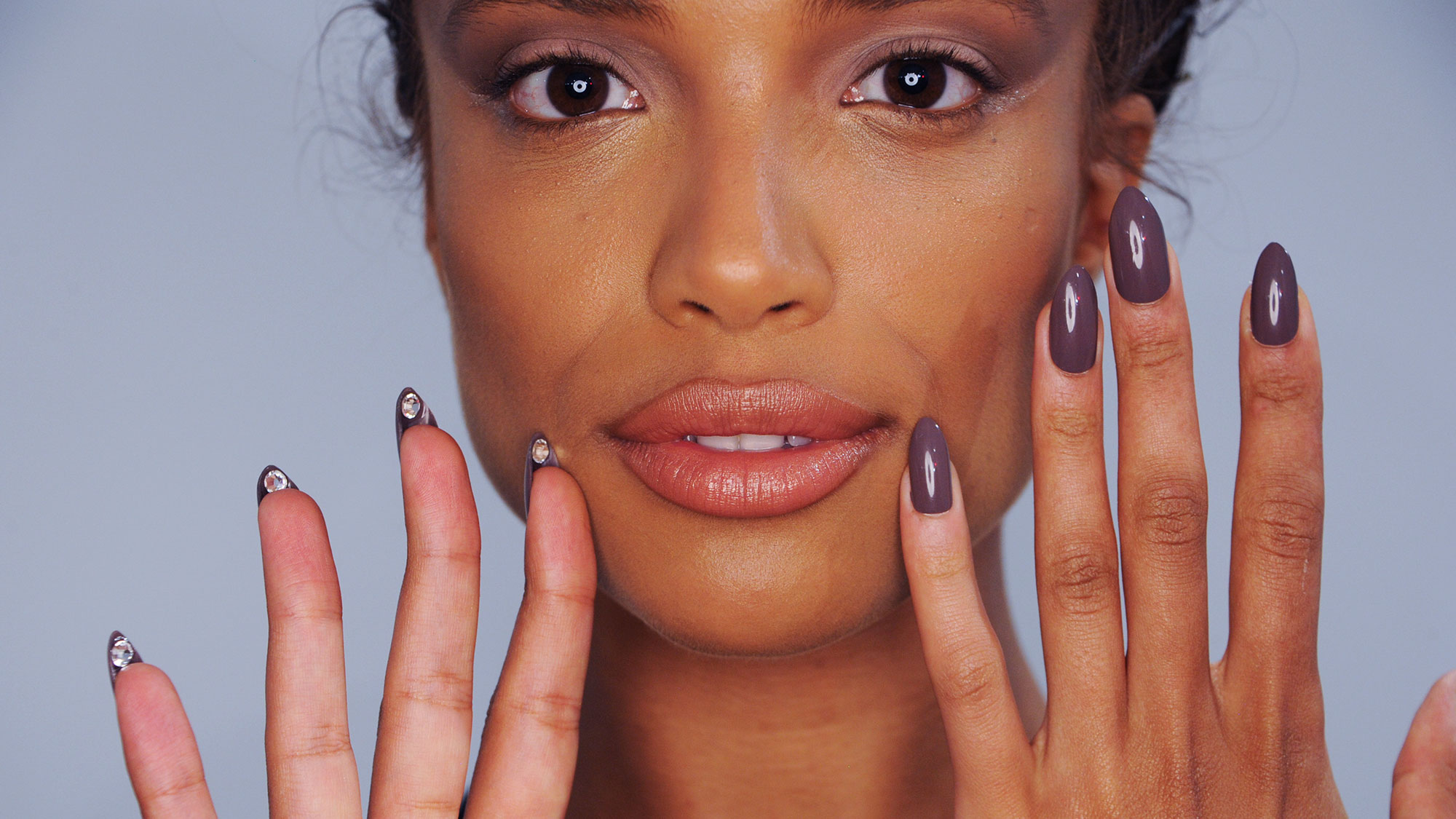 how to remove gel nail polish without ruining your nails marie claire. Black Bedroom Furniture Sets. Home Design Ideas