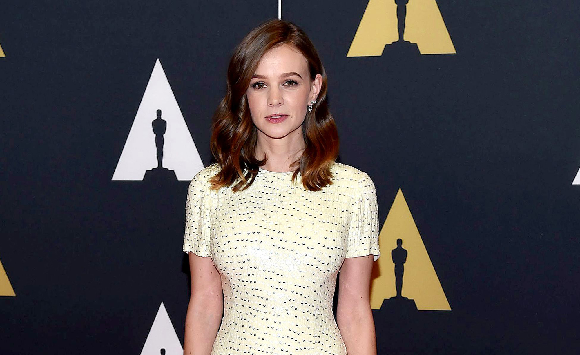 Carey Mulligan only spends 10 per Christmas present – and with great reason