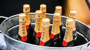 9 amazing facts you didn 39 t know about champagne 15 for 10 facts about floor hockey