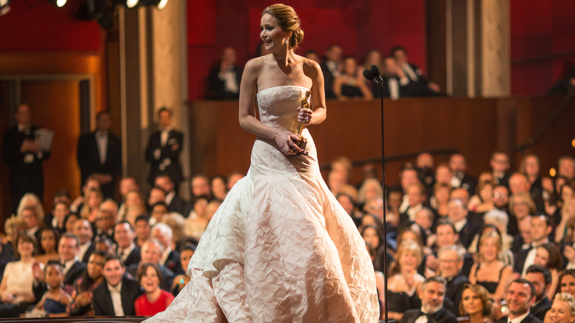 a3c267c9152 A comprehensive list of the very best Oscar dresses of all time