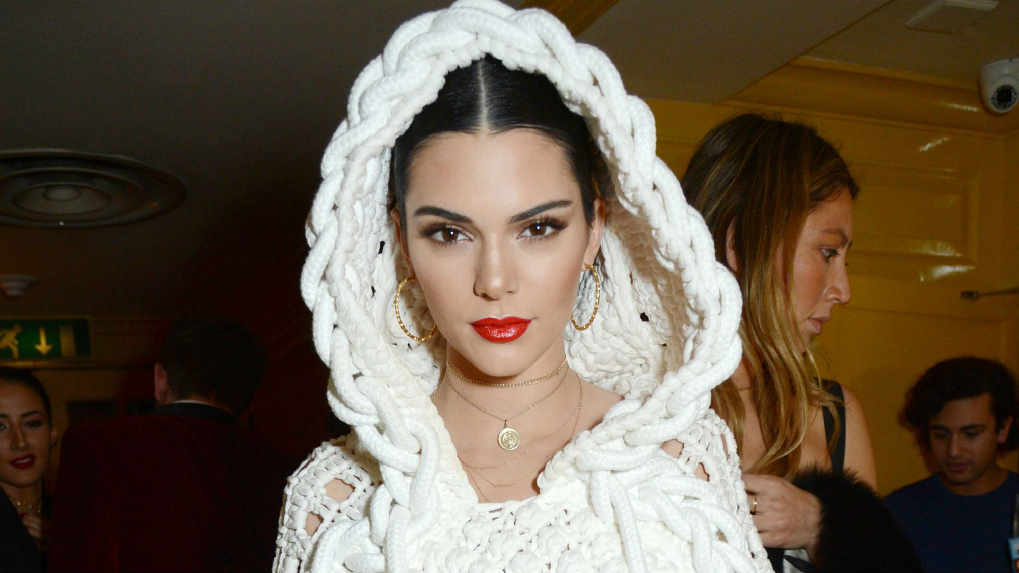 Kendall Jenner just made a very emotional statement about her 'debilitating' acne