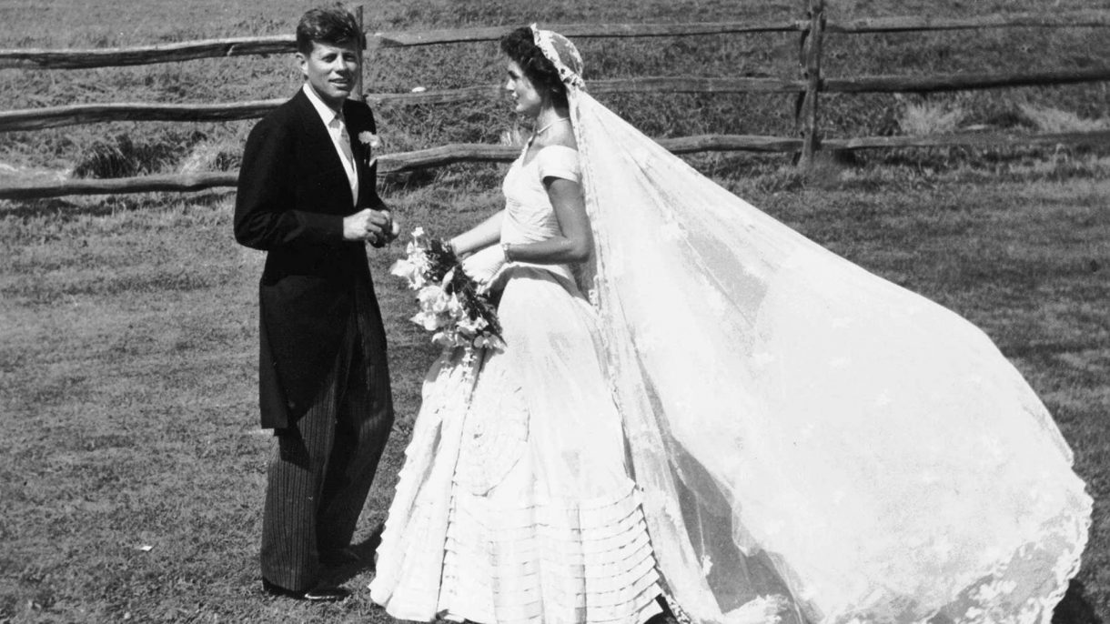 The Best Vintage Wedding Dresses That Will Never Go Out Of