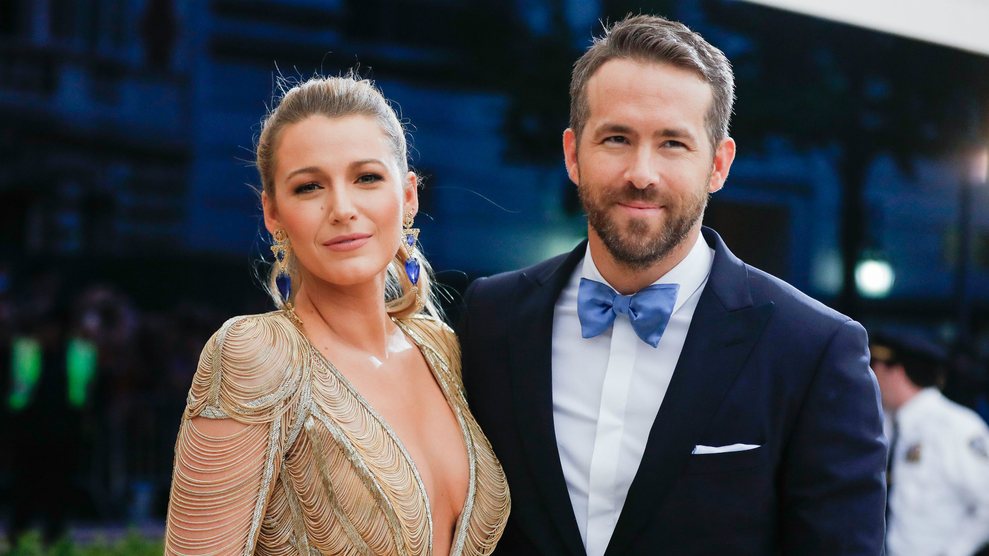 ryan reynolds just gave the sweetest nod to his wife at the met gala. Black Bedroom Furniture Sets. Home Design Ideas