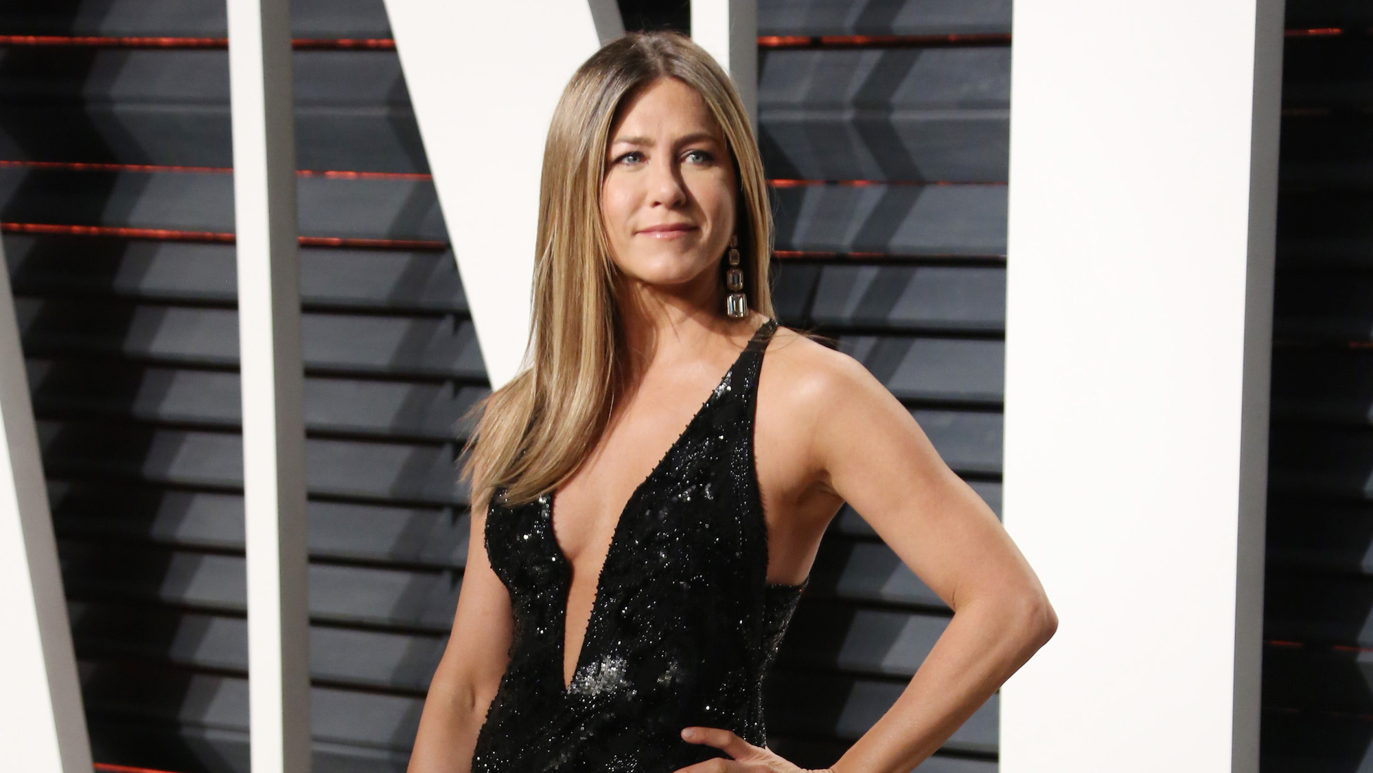 Jennifer Aniston Reveals The Lipstick She Wore On Friends