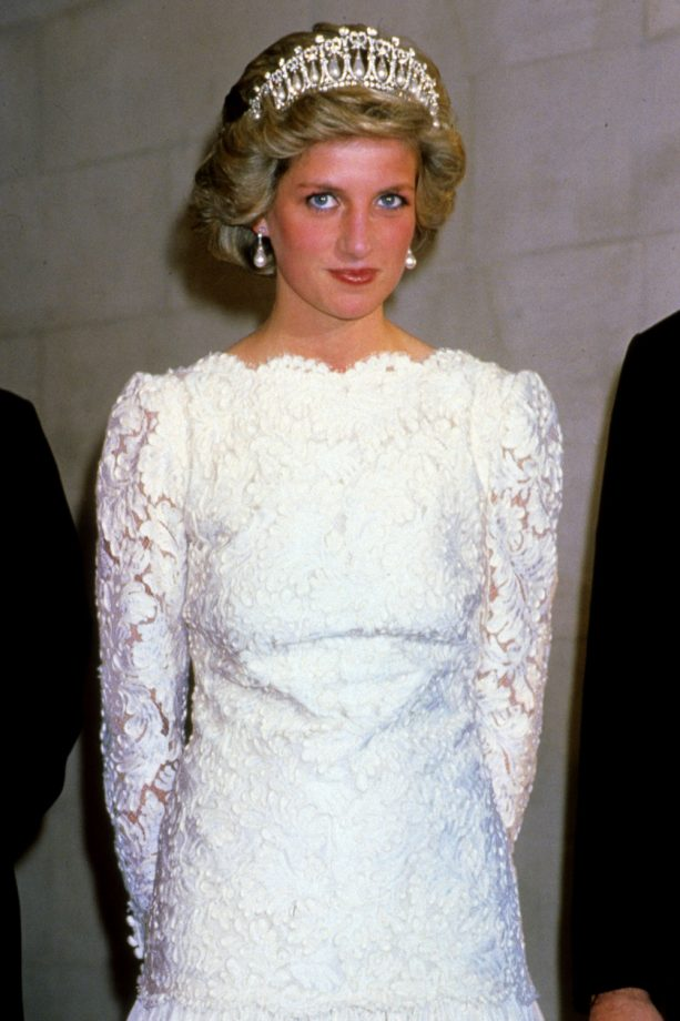 Princess Diana S Most Iconic Style Moments From Revenge