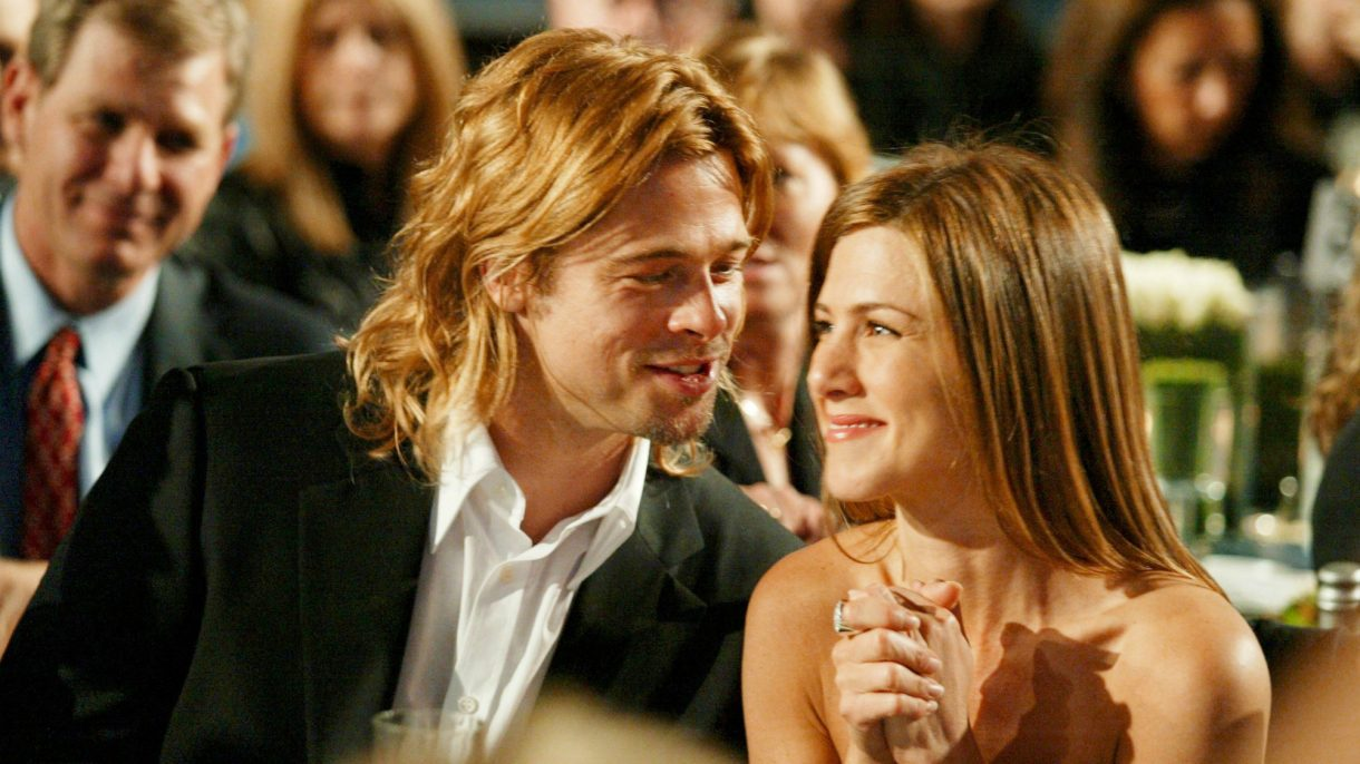 Jennifer aniston brad pitt wedding gown - crazywidow.info