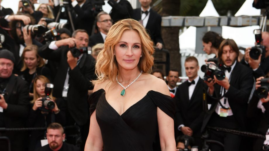 Julia Roberts has a lot to say about the parents involved in the 'sad' college admissions scandal