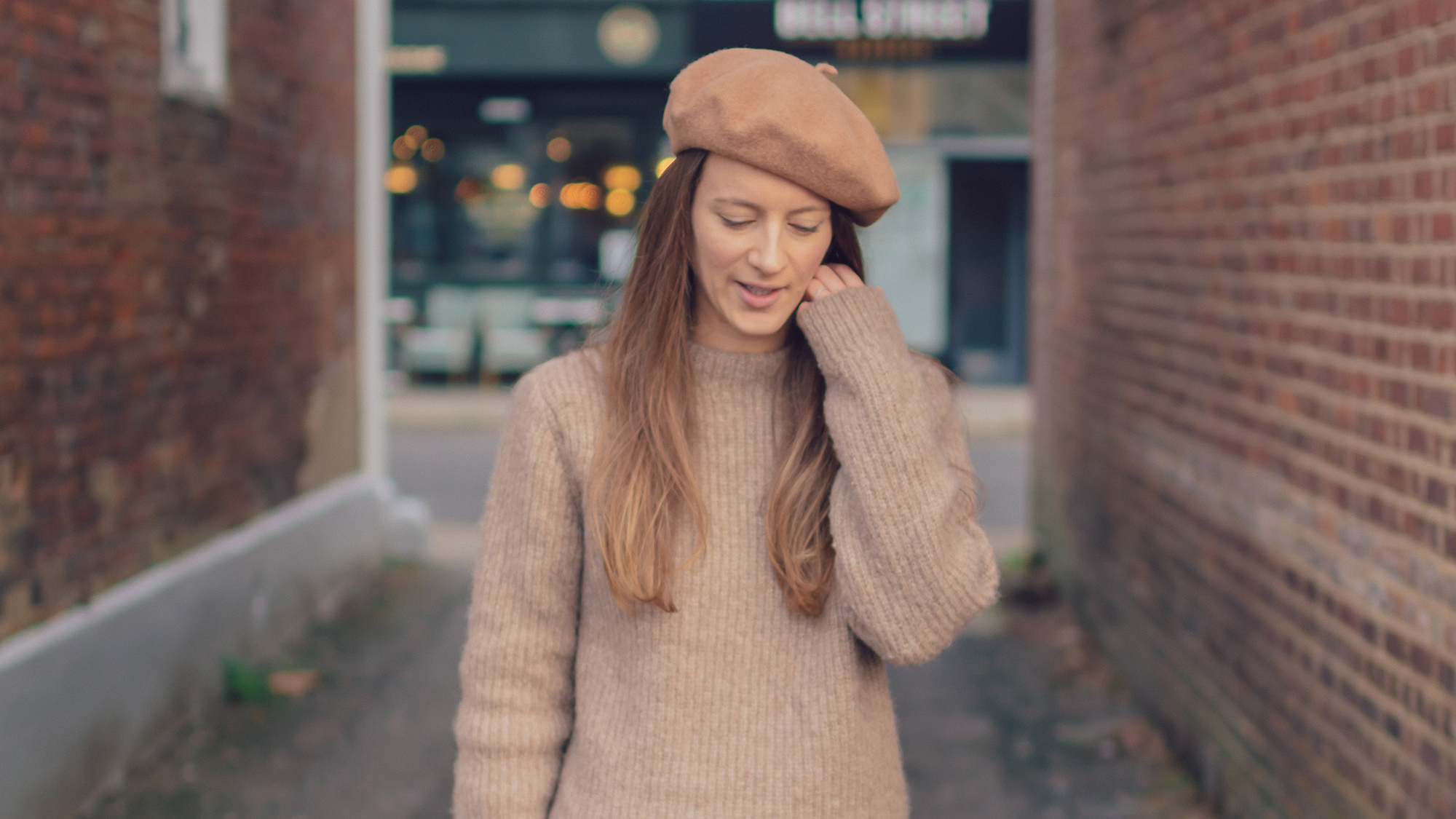 bbd6ee1c5997c How To Wear A Beret If You  Don t Suit Hats (And Where To Buy Them)