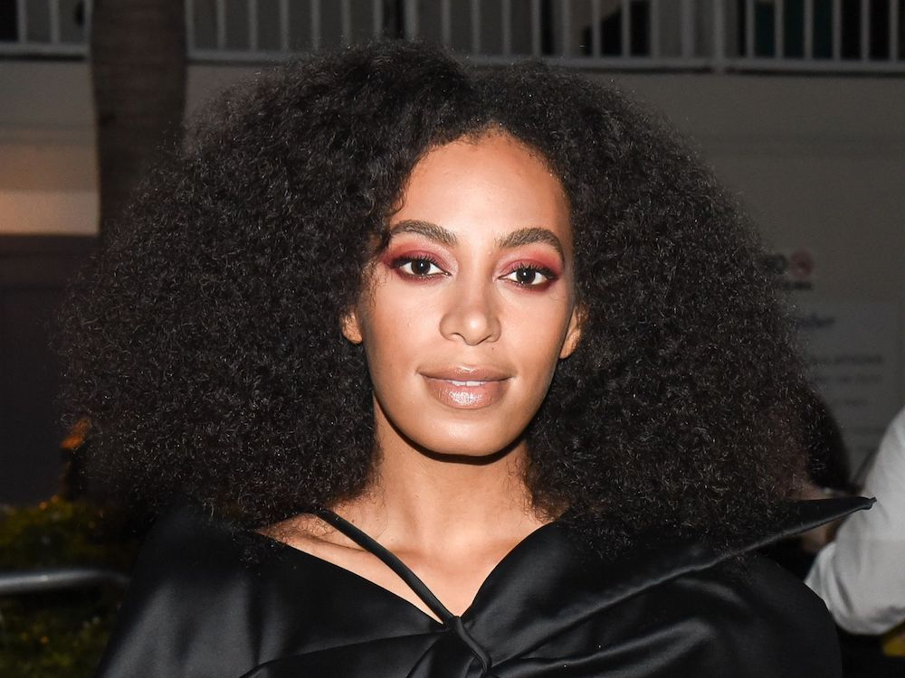 Curly hair types 4B Solange