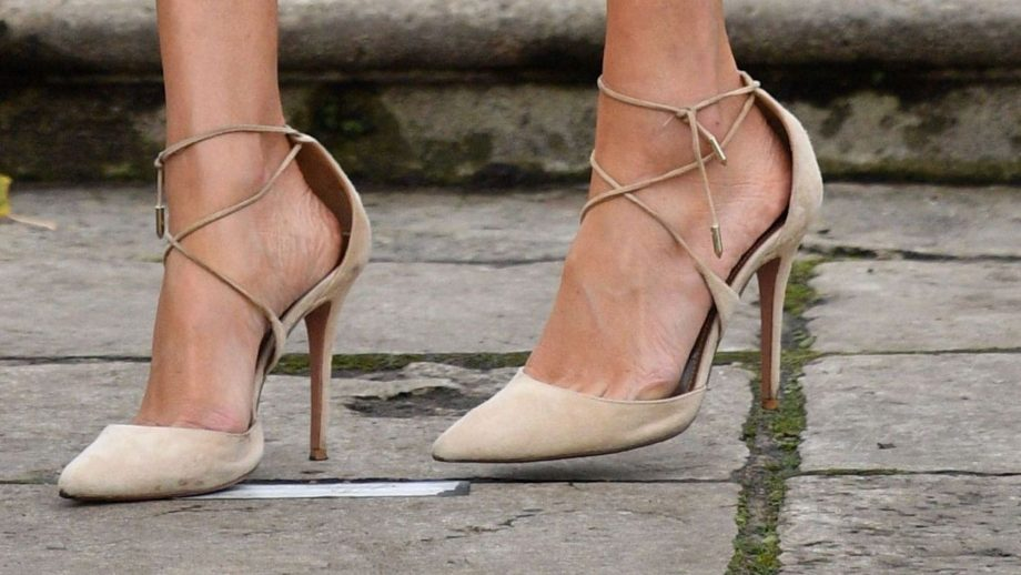 ecff9f89fa9 This Is Why Meghan Markle's Shoes Are Always Too Big For Her