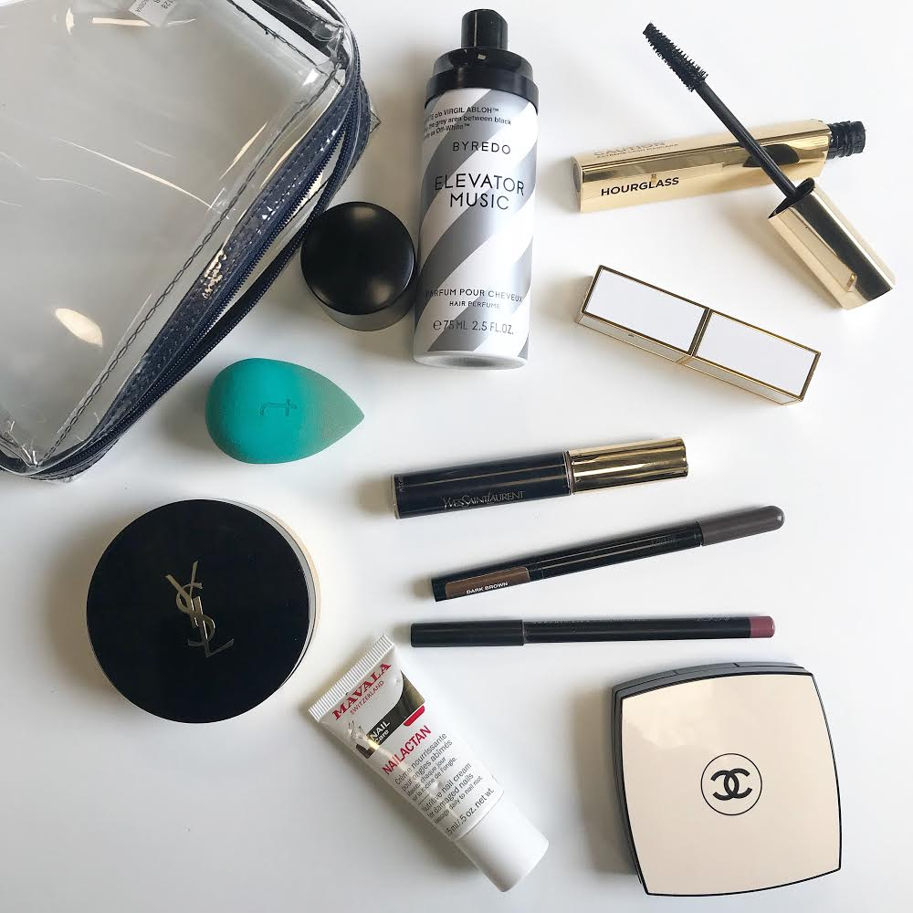 what's in my purse makeup bag