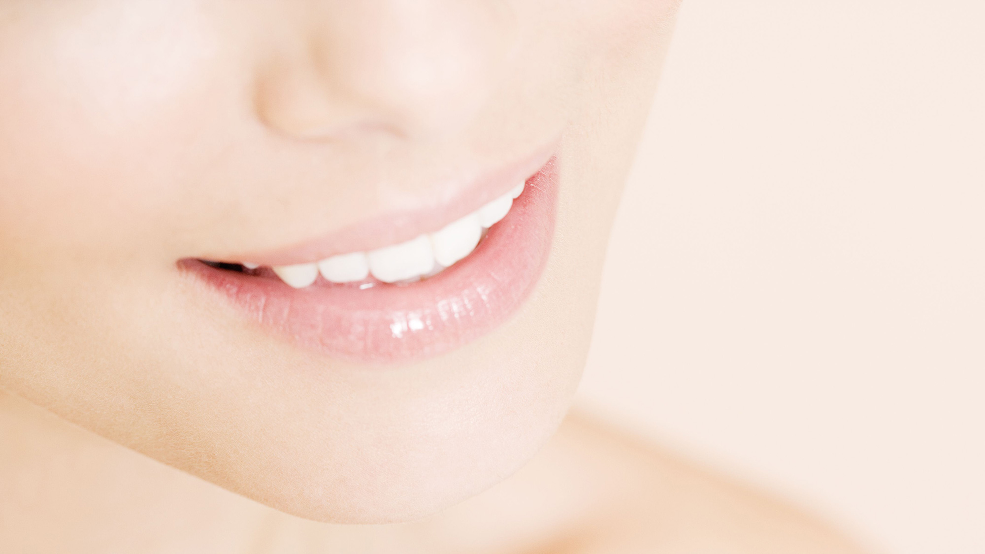Teeth Bonding: The Fast And Cheaper Way To Get A White