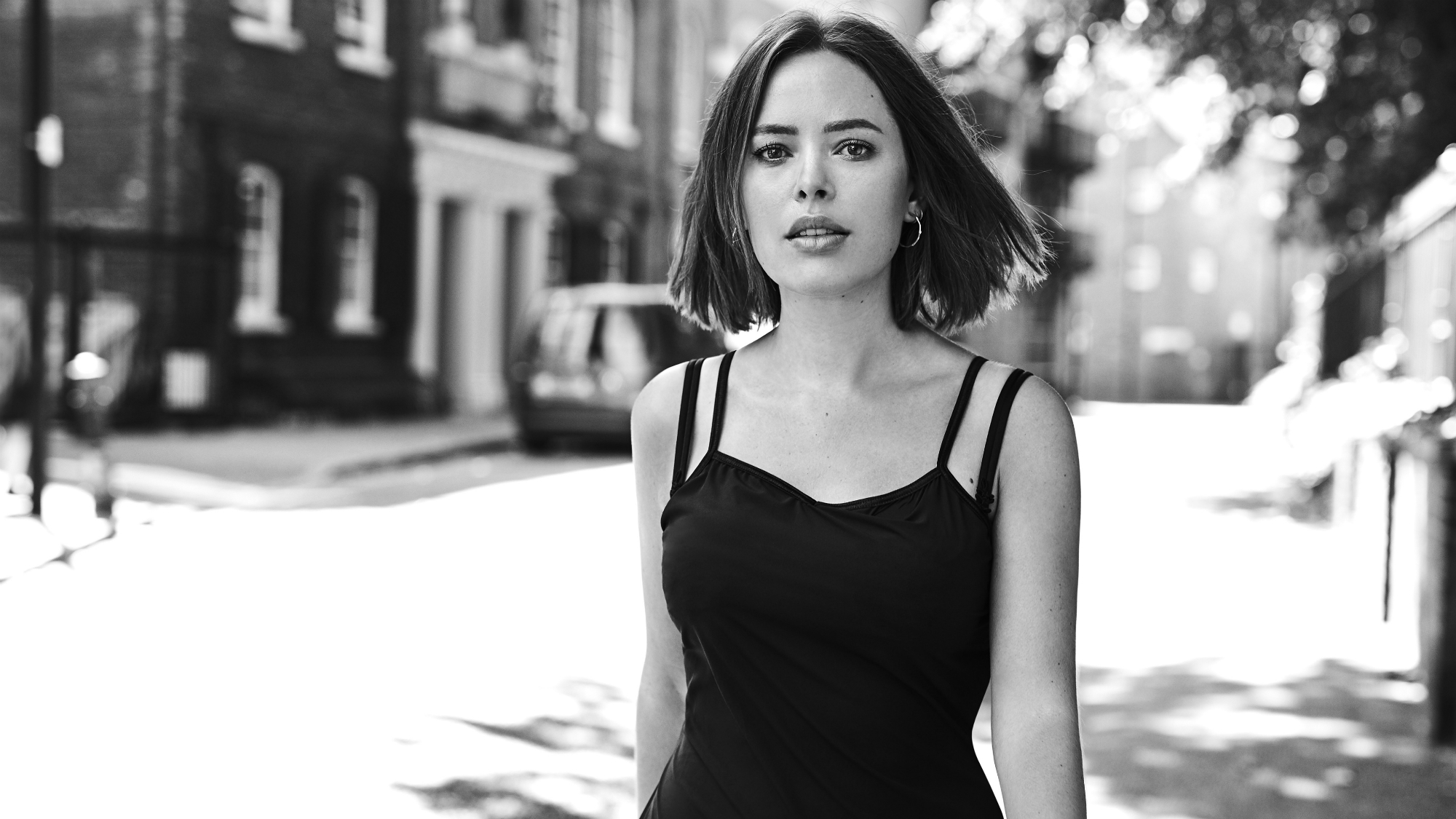 Tanya Burr – Without my phone, I can just breathe'