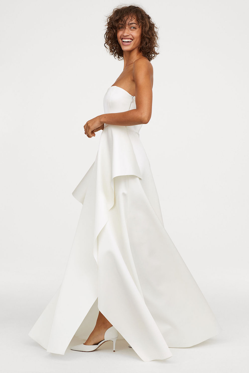 811e2433 The New H&M Wedding Dress Collection Is Absolutely Dreamy