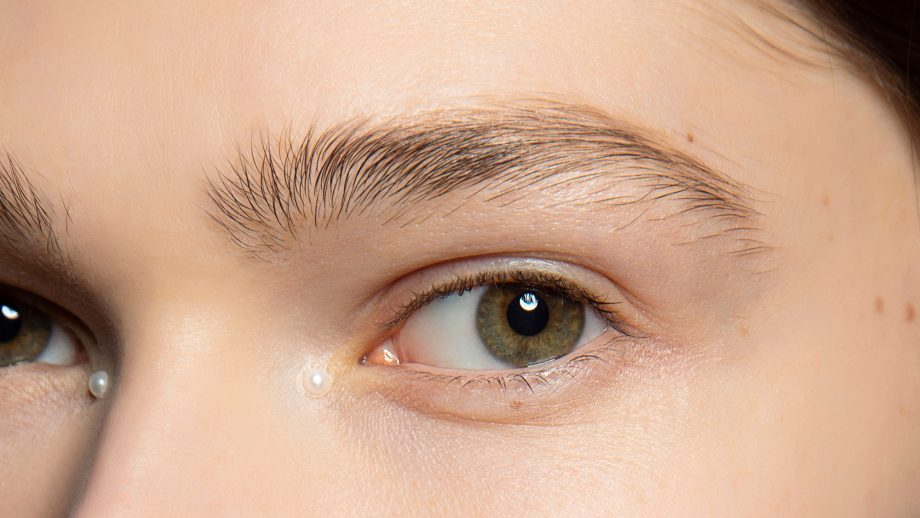 Should You Tweeze Above The Brow?