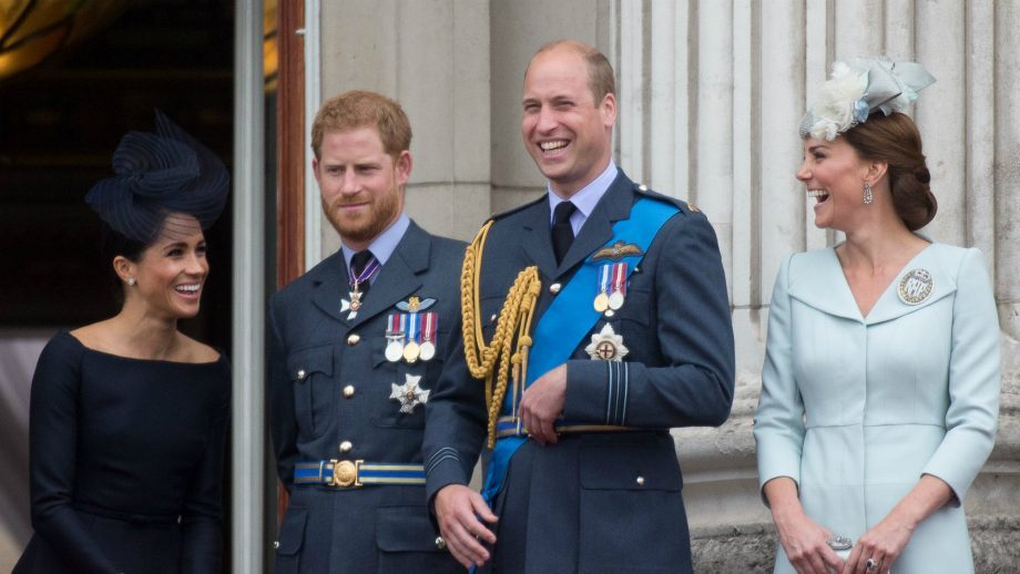 William, Kate, Harry and Meghan have a royal group chat and we want in