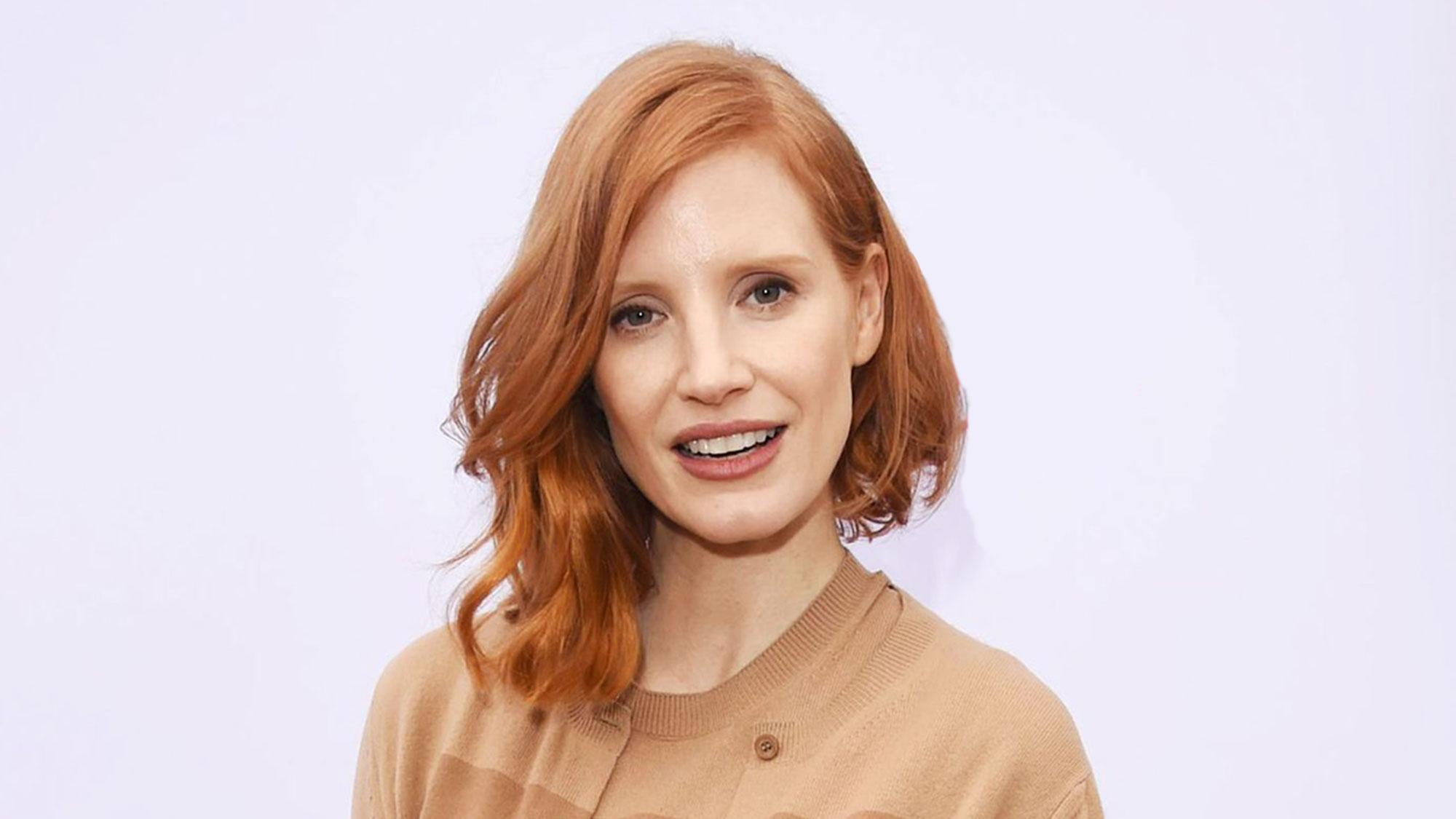 best hairstyles for oval faces 2019 according to hair experts