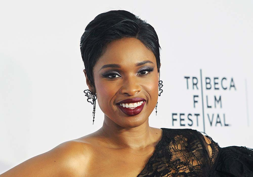hairstyles for square faces Jennifer Hudson