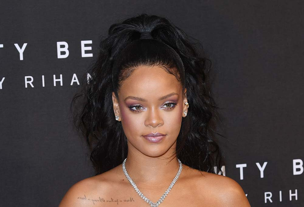 12 Of The Best Hairstyles For Oval Faces Aka The Most Versatile Face Shape Marie Claire