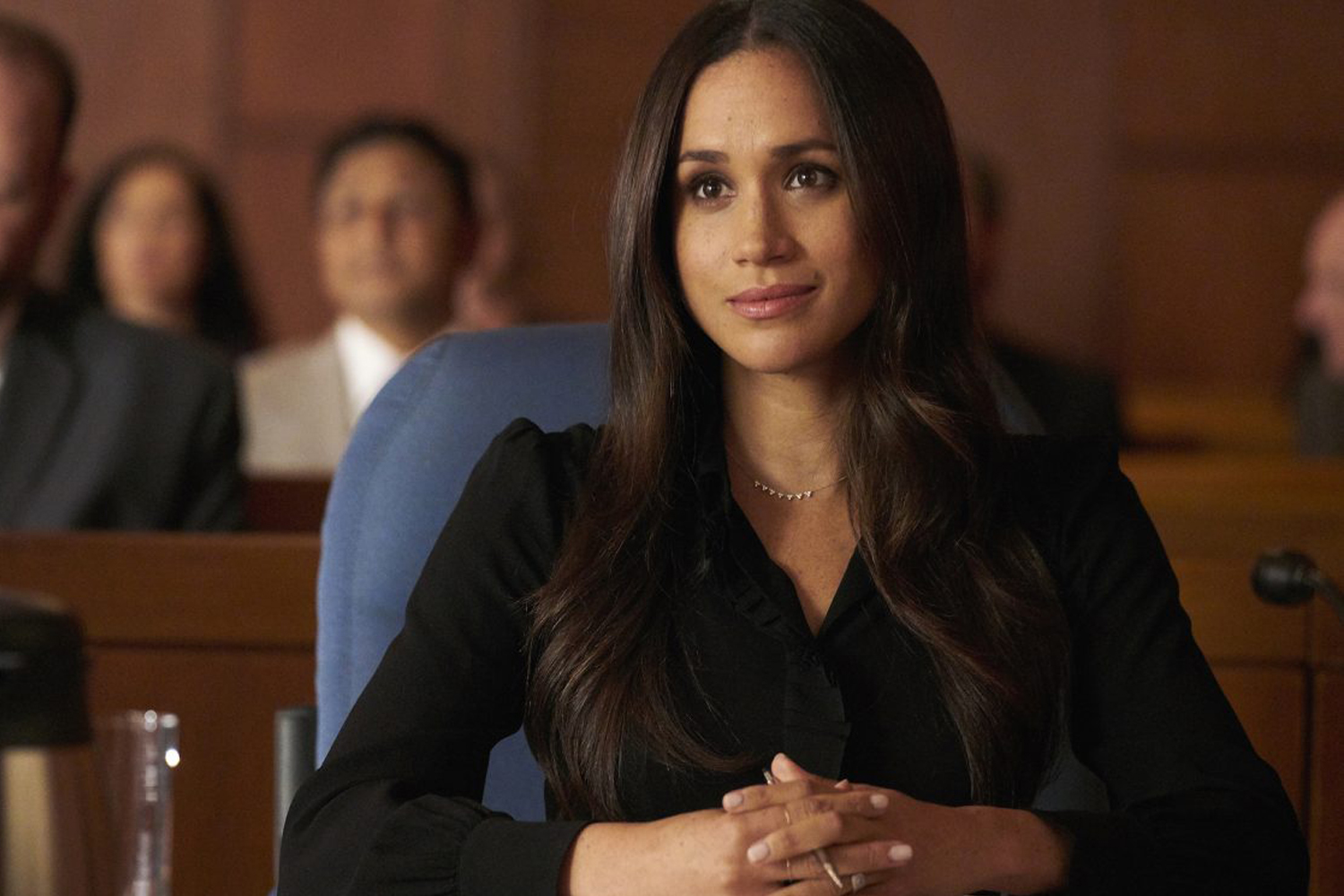 meghan markle s suits outfits are giving us serious work style inspiration meghan markle s suits outfits are