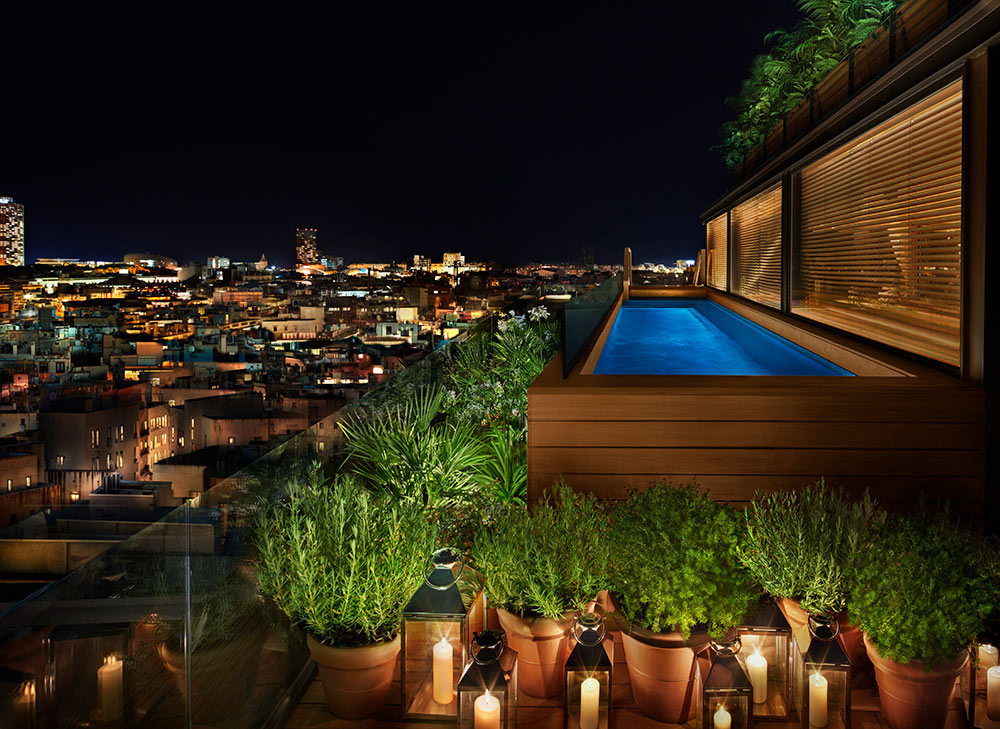 The Barcelona EDITION, Rooftop Pool