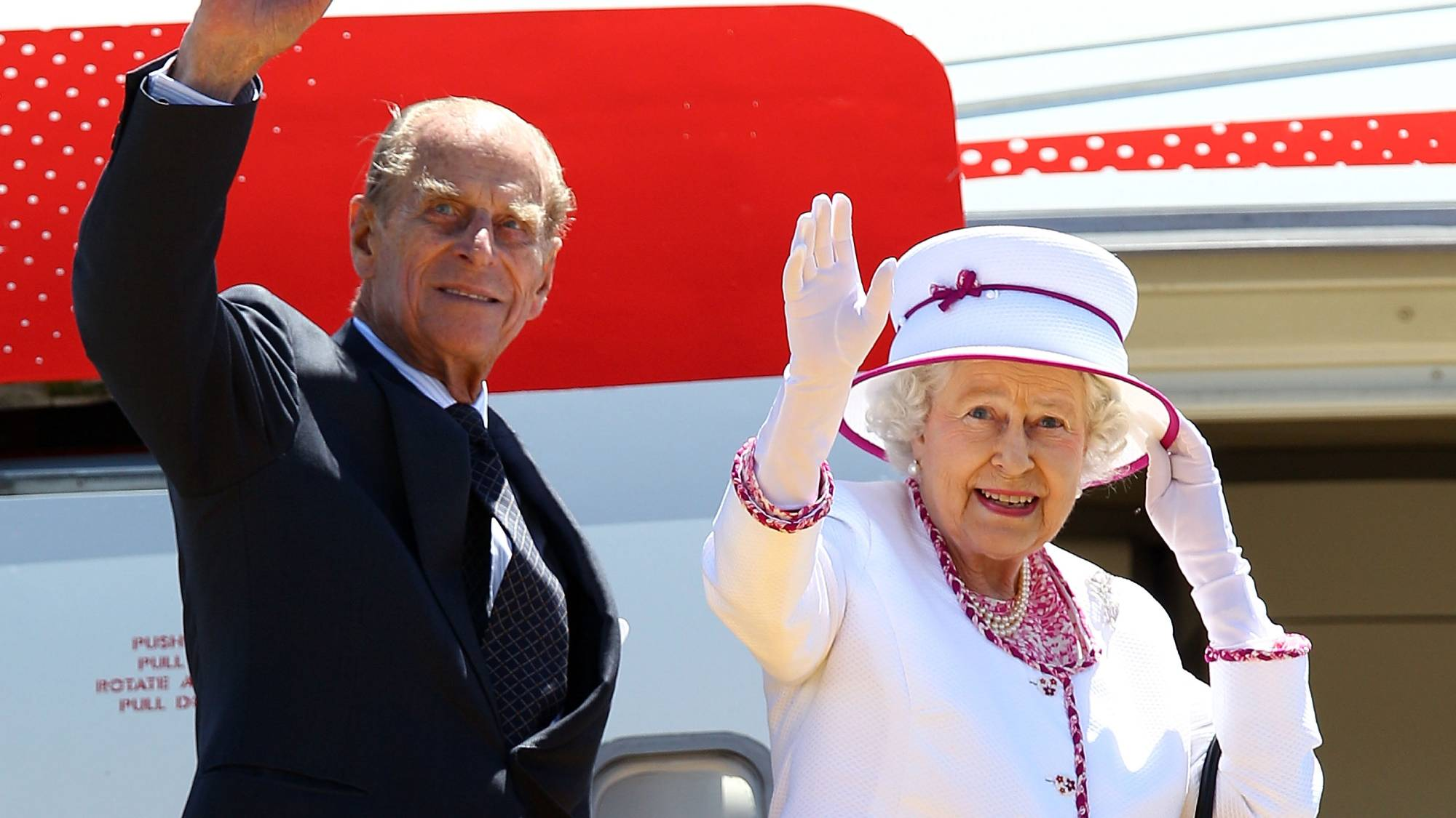 Apparently the Queen always travels with Earl Grey teabags