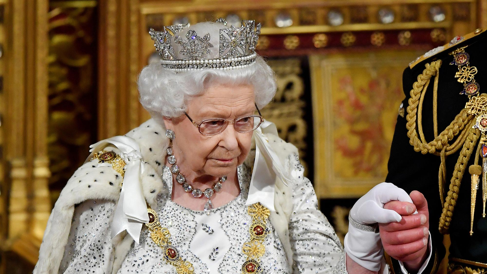 Why the Queen no longer wears the Imperial State Crown for her speech