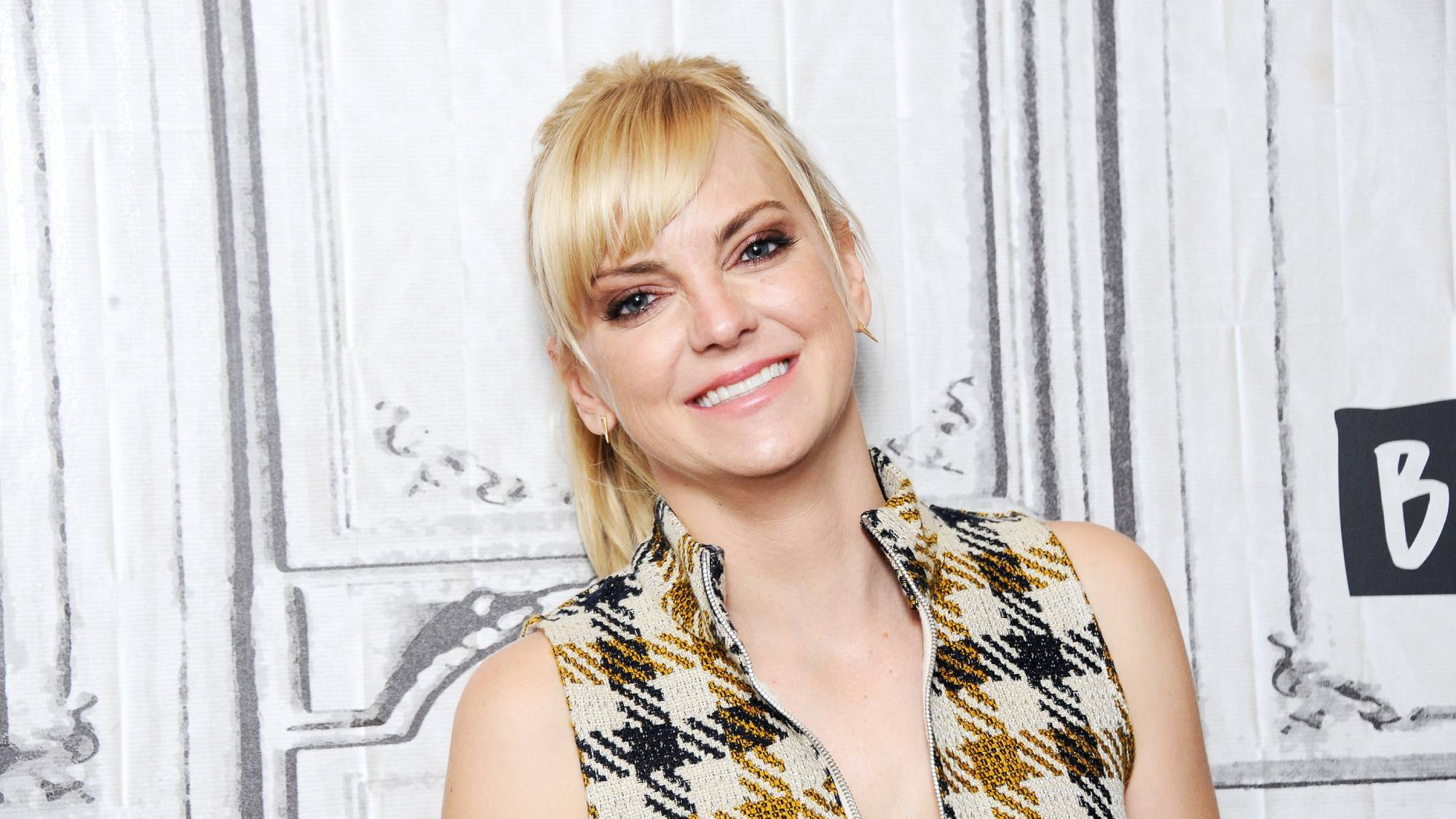 Anna Faris is engaged – and apparently she has been for a while