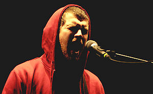 PICTURED IS JESSE LACEY FROM THE USA ALTERNATIVE BAND ' BRAND NEW ' PLAYING LIVE LAST NIGHT (TUESDAY 6TH FEB 07) AT THE APOLLO IN MANCHESTER. *** Local Caption *** Disclaimer: While Cavendish Press (Manchester) Ltd uses its' best endeavours to establish the copyright and authenticity of all pictures supplied, it accepts no liability for any damage, loss or legal action caused by the use of images supplied.  The publication of images is solely at your discretion.