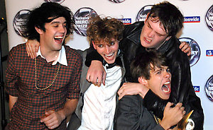 The Klaxons in the press room with their Mercury Music Award during the Mercury Prize 2007 at Grosvenor House Hotel, central London. ... 04-09-2007 ... Photo by: Matt McNeill/EMPICS Entertainment.URN:5100766