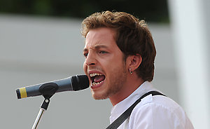 James Morrison Performs at the party to begin the countdown to the London 2012 Olympics, The Mall, SW1. (IW)