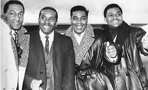 "**FILE** The American pop group, ""The Four Tops,"" pose at Heathrow airport in London in a Nov. 16, 1966 file photo, en route to the United States. From left to right are, Abdul Fakir, Levi Stubbs, Lawrence Payton and Renaldo Benson. Four Tops frontman Levi Stubbs died Friday, Oct. 17, 2008, at his home in Detroit. He was 72. (AP Photo, File)"