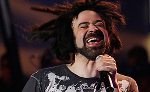 Adam Duritz of the band Counting Crows performs as part of Nissan Live Sets on Yahoo! Music in Los Angeles on Monday, March 31, 2008. (AP Photo/Mark Mainz)