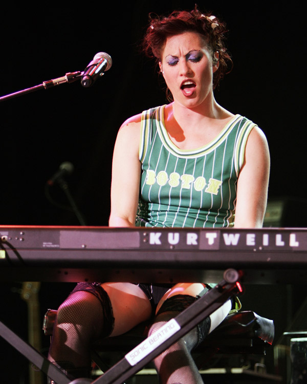 Vocalist and keyboarist Amanda Palmer of the Boston based cabaret punk band The Dresden Dolls performs during the True Colors Tour at the Bank of America Pavilion in Boston, Saturday, June 16, 2007. The tour's message is to bring an end to hate crimes and to teach tolerance. (AP Photo/Robert E. Klein)