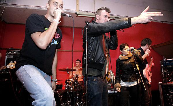 Mongrel at the Boston Arms, London. 5th November 2008.