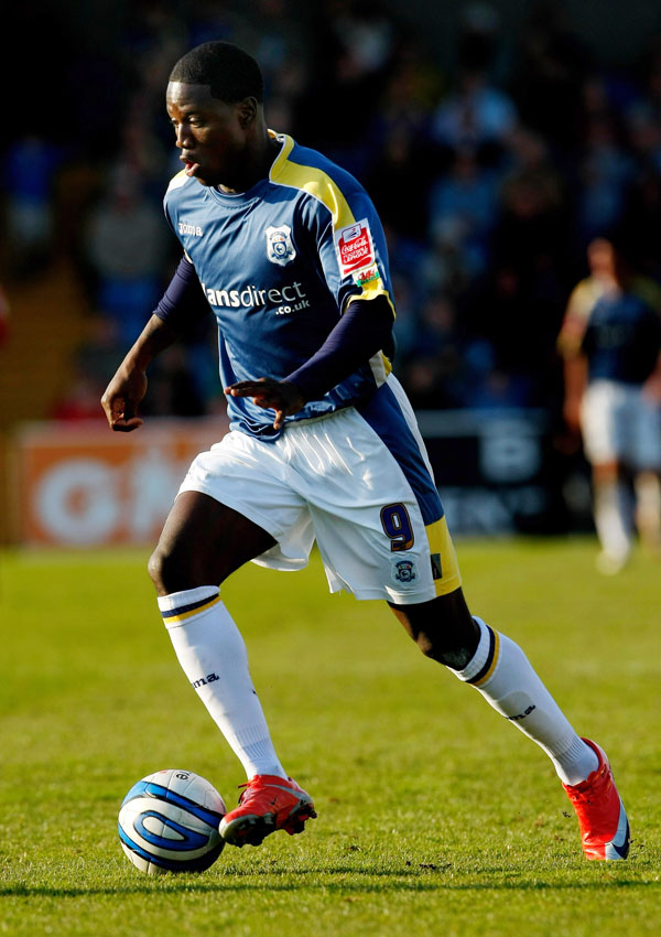 CARDIFF, UNITED KINGDOM - MARCH 22:  Cardiff forward Eddie Johnson in action during the Coca Cola Championship match between Cardiff City and Sheffield United at Ninian Park on March 22, 2009 in Cardiff, Wales.  (Photo by Stu Forster/Getty Images) *** Local Caption *** Eddie Johnson