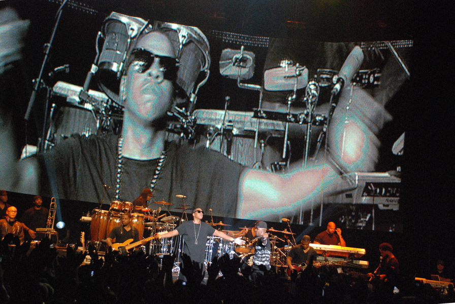 Jay z showcases the blueprint 3 and oasis track at intimate uk jay z showcases the blueprint 3 and oasis track at intimate uk show malvernweather Image collections