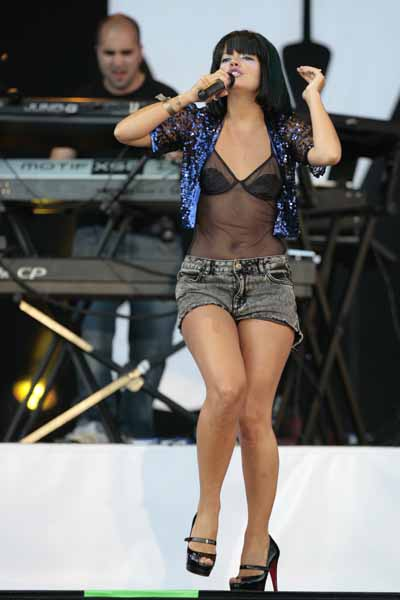 Lily Allen performs live during the Main Square Festival 2009 in Arras, north of France.
