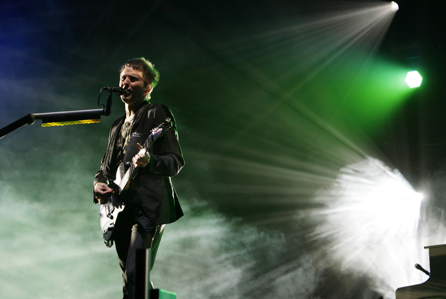 Muse score 16 global Number Ones with 'The Resistance' - NME