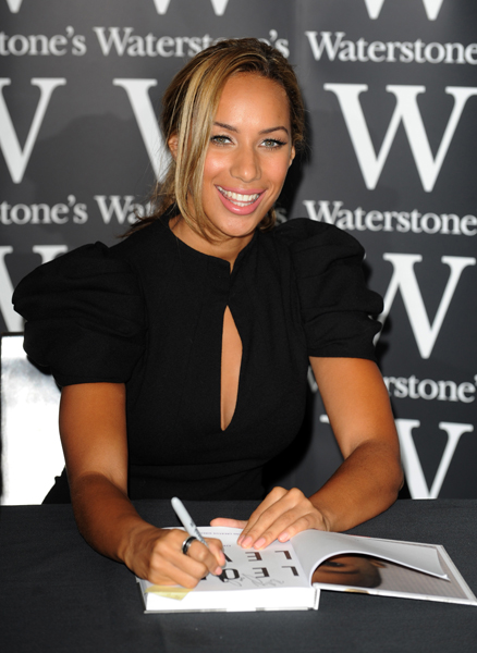 Leona Lewis at Waterstone's in Piccadilly to meet fans as she signs copies of her autobiography 'Dreams'.