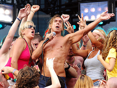 CHICAGO - AUGUST 05: Iggy Pop performs at Lollapalooza at Grant Park on August 5, 2007 in Chicago, lllinois.  (Photo by Rob Loud/Getty Images) *** Local Caption *** Iggy Pop