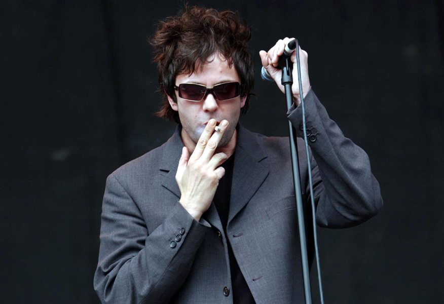 Ian McCulloch of Echo and The Bunnymen performing on the V Stage, during the V2003 music festival in Chelmsford, Essex.
