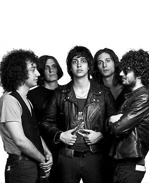 (l to r) Albert Hammond Jr (Guitar), Nikolai Fraiture (Bass), Julian Casablancas (Lead vocal), Nick Valensi (Guitar) and Fabrizio Moretti (Drum)from The Strokes.