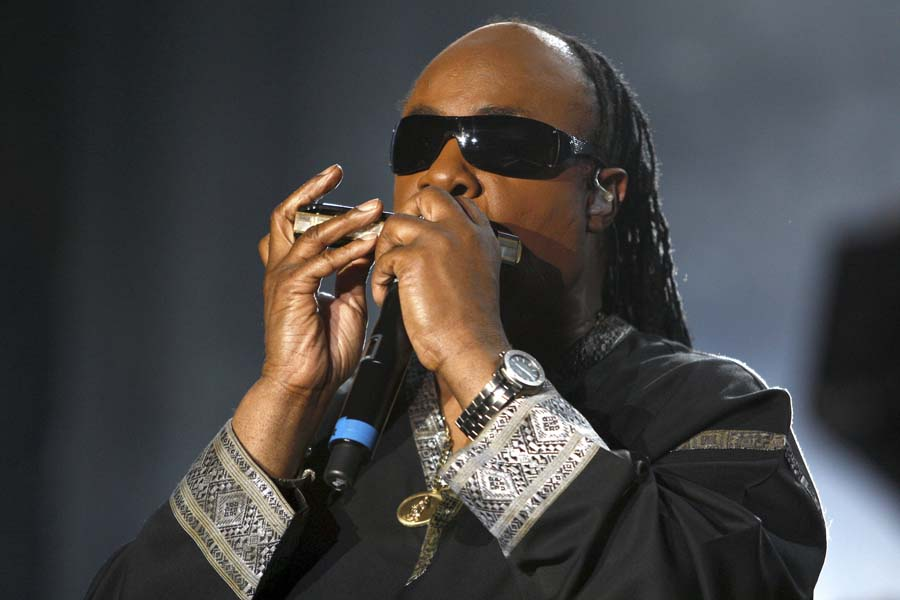 American legendary musician Stevie Wonder performs during his concert at the 8th Mawazine festival in Rabat, Morocco, Saturday, May 23, 2009. (AP Photo/Abdeljalil Bounhar)