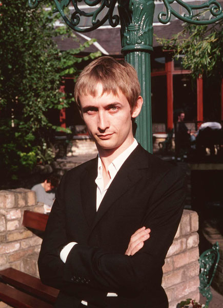 """NEIL HANNONBritish Pop MusicianMember of the group """"The Divine Comedy""""Bandphoto Agency PhotoB45 065569   07.01.2000"""