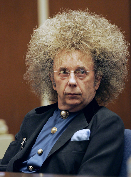 ** FILE ** Music producer Phil Spector is shown in Superior Court in a file photo from May 23, 2005, in Los Angeles. A judge agreed Wednesday, March 22, 2006, to postpone Spector's murder trial until Sept. 11, noting that prosecutors and a defense attorney have scheduling conflicts. (AP Photo/Damian Dovarganes, File)